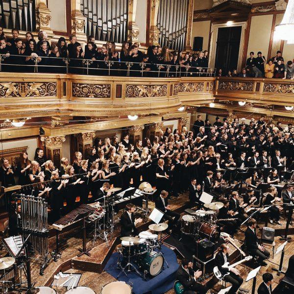 """""""Mass"""" verzauberte im Goldenen Saal"""